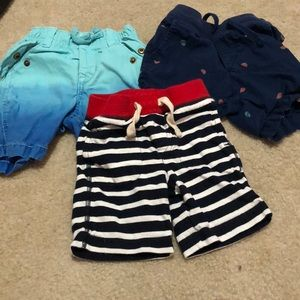 3 toddler Gap shorts for the price of 1.